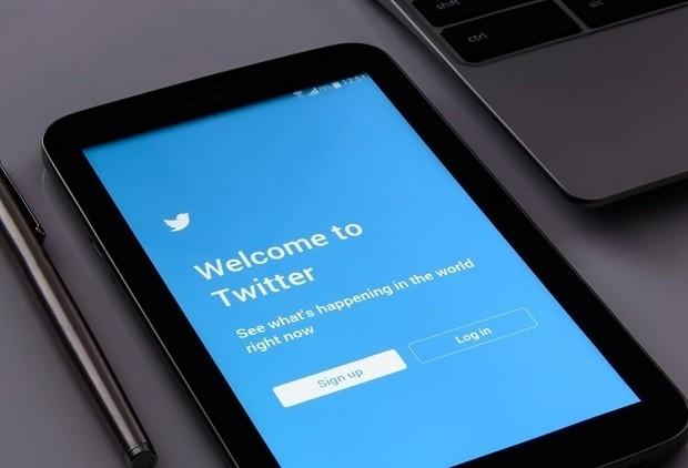 Что значит «фолловить» в интернет-сленге?